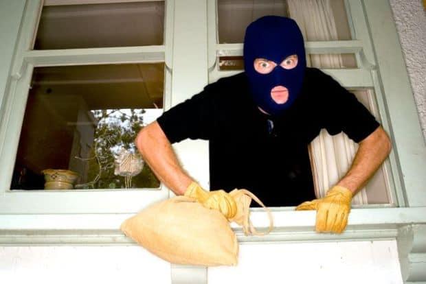 Cum sa-ti recuperezi bunurile furate in calatorie hot