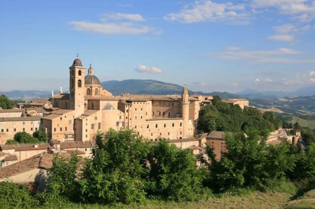 "orase ""secrete"" din Italia Cele mai bine pazite secrete ale Italiei urbino"
