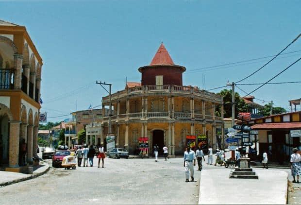 caraibe 8 orase fantastice din Caraibe Jacmel