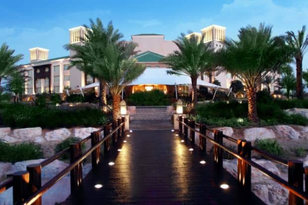 Hoteluri cool: Desert Islands Resort & Spa (Abu Dhabi) anantara1
