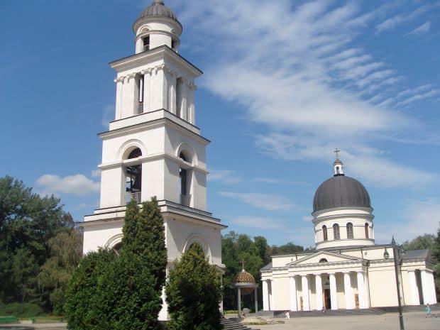 Chisinau Atractii turistice in Chisinau, fratele nostru de peste Prut catedrala chisinau