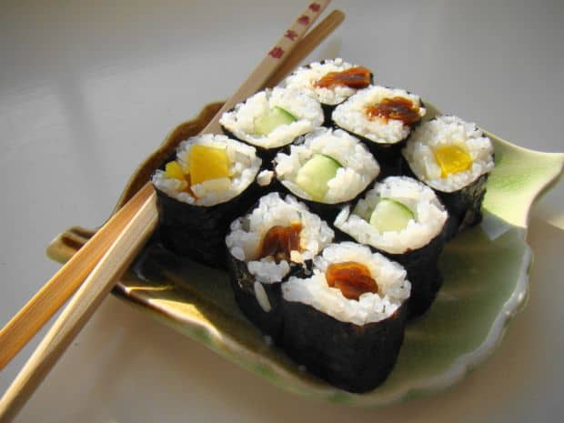 Retetele lumii: Maki Sushi (Japonia) sushi1