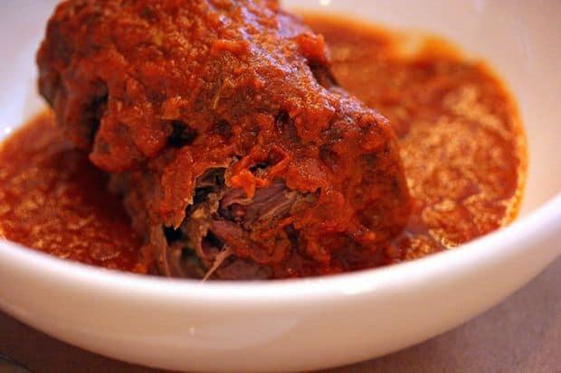 Retetele lumii: Braciole alla Pizzaiola (Italia) Braciole alla Pizzaiola