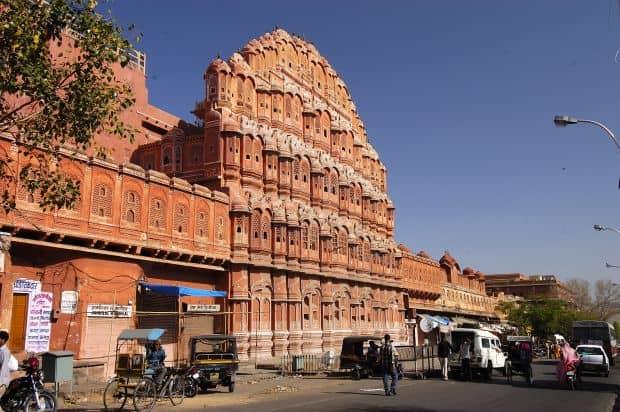 Jaipur - tentatii indiene Jaipur - tentatii indiene Hawa Mahal