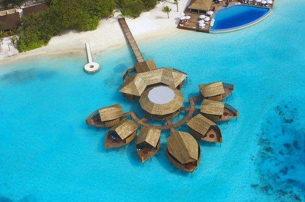 Lux abordabil in Maldive: Lily Beach Resort & Spa Lily Beach Resort Maldives 1