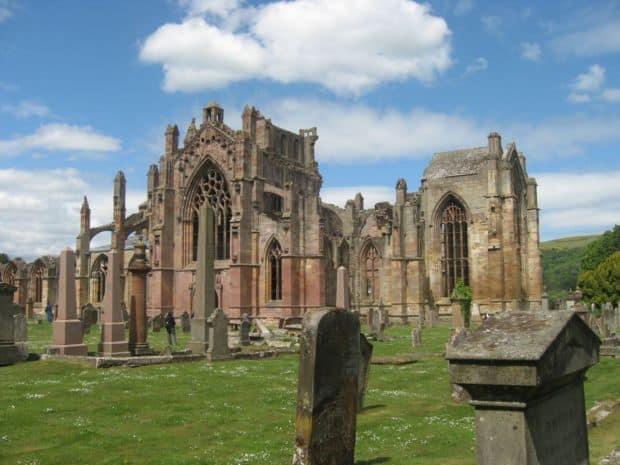 Scotia Top 10 atractii turistice in Scotia Melrose Abbey