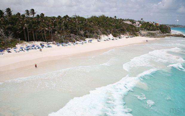 """Cele mai Cele mai """"petrecarete"""" insule din lume barbados"""