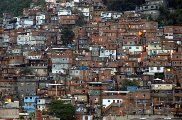 rio de janeiro 10 lucruri pe care le poti face in Rio de Janeiro pe bani putini favela