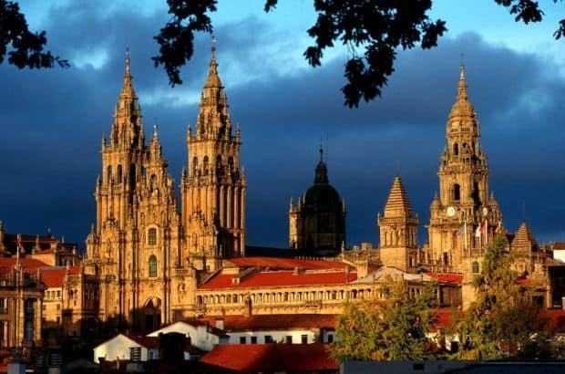 Galicia Galicia, regiunea spaniola de o frumusete desavarsita compostela