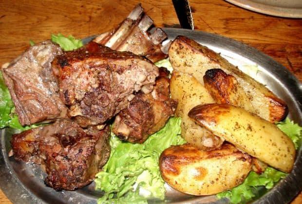 corsica Corsica si deliciile ei culinare Agneau Corse
