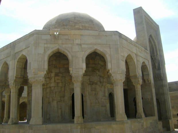 Azerbaidjan: trei zile in capitala Baku Azerbaidjan: trei zile in capitala Baku Shirvanshah