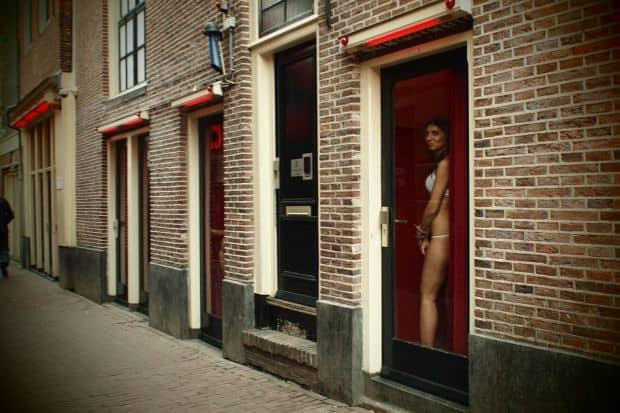 Tot ce trebuie sa stii despre Amsterdam (1) ams red light