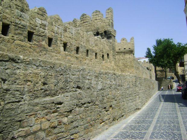 Azerbaidjan: trei zile in capitala Baku Azerbaidjan: trei zile in capitala Baku baku old