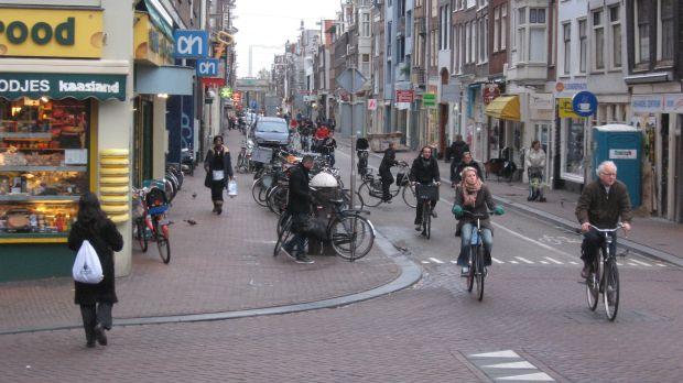 Tot ce trebuie sa stii despre Amsterdam (1) biciclete ams