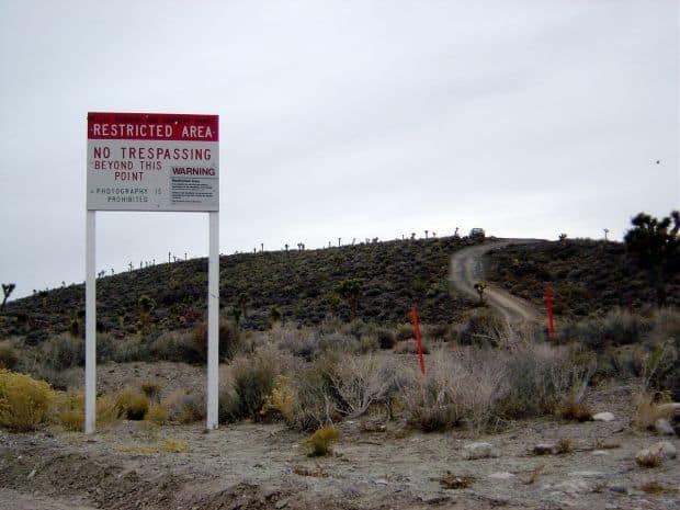 10 locuri in care turistii au acces interzis 10 locuri in care turistii au acces interzis Area 51