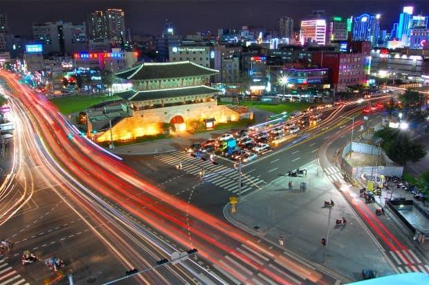Dongdaemun Gate, un loc perfect pentru cumparaturi seul Seul, un oras gangnam style Dongdaemun Gate
