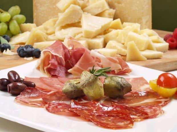 Antipasti 5 retete traditionale de Craciun din Italia antipasto