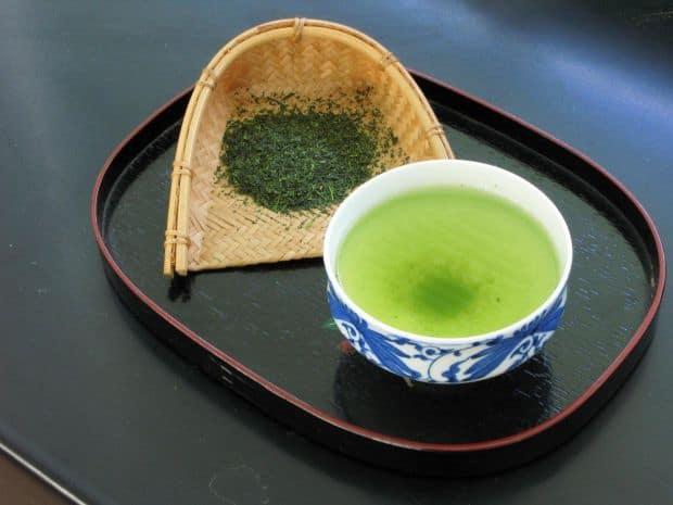 Ghidul bauturilor japoneze pentru incepatori ceai verde