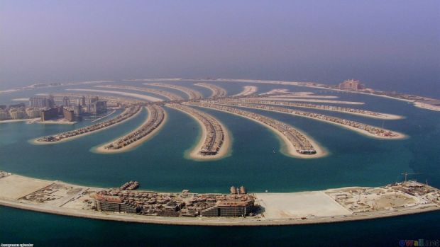 dubai 10 nebunii made in Dubai palm island