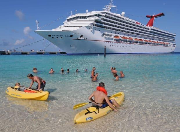 Carnival Destiny croaziera Croaziera - o vacanta diferita cruise2