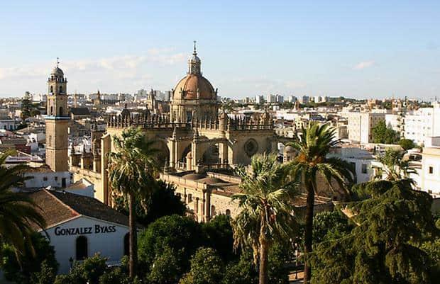 Jerez de la Frontera este locul de bastina pentru flamenco si vinurile sherry