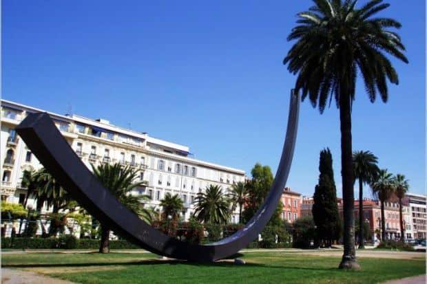 Linistea parcurilor din Nisa