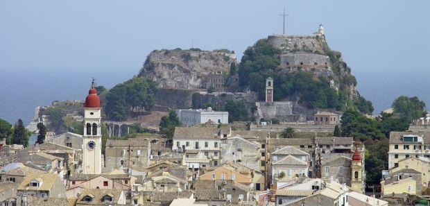 Corfu, o destinatie populara si accesibila si pentru romani