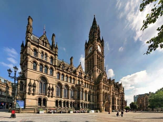 Manchester e un oras despre care se vorbeste mai degraba in termeni fotbalistici decat turistici
