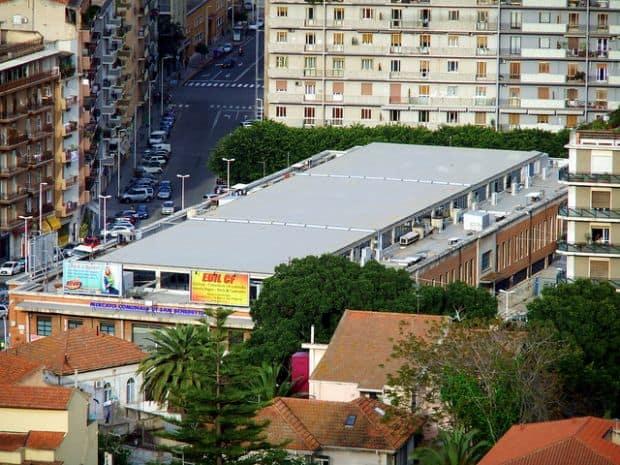 Piata San Benedetto, cea mai mare piata din Italia.
