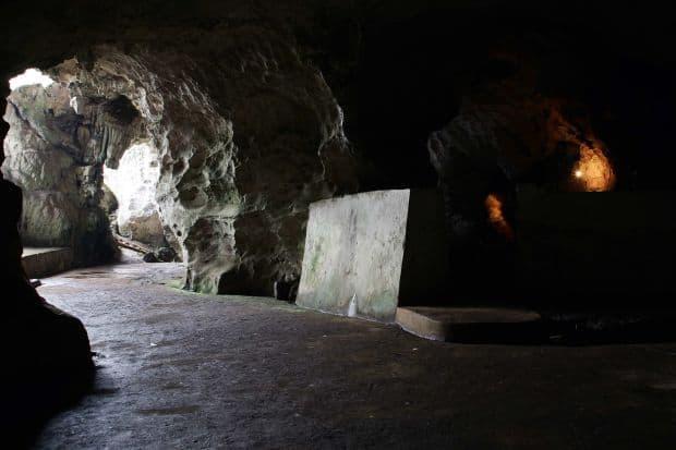 Pesterile Vieng Xai  Top 10 aventuri in Laos Vieng Xai