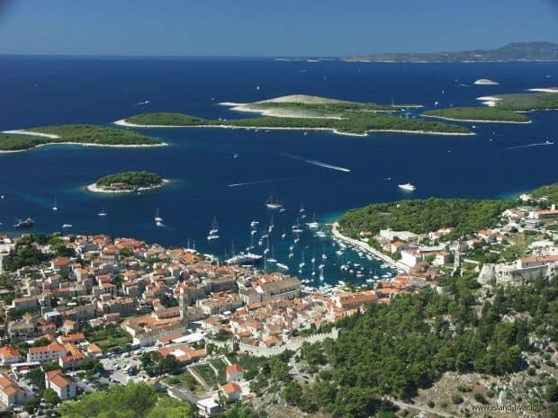 Croatia e renumita pentru insulele sale de vis