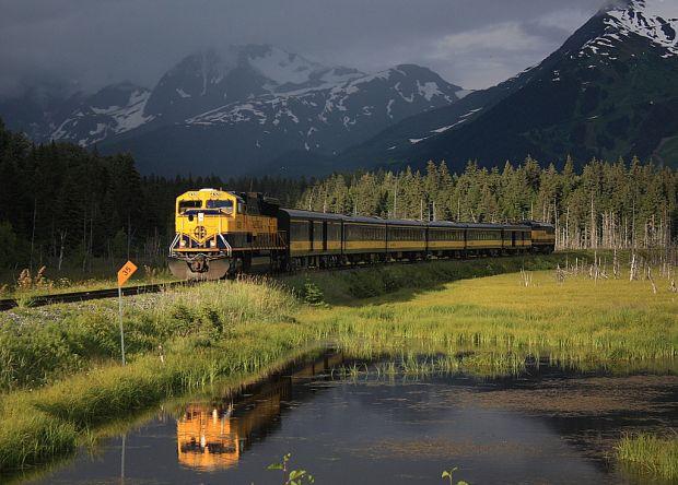 Pitoresc: cu trenul in Alaska