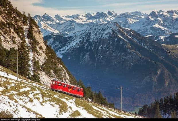 cf3 Cea mai abrupta cale ferata din lume Cea mai abrupta cale ferata din lume cf3