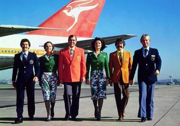 """Echipaj Qantas Airways, """"imbracat""""de celebrul designer italian Emilio Pucci (1974-1985)"""