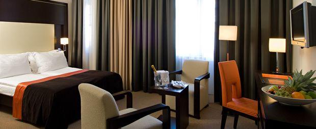 Hotel Levante Parliament  Periplu prin Europa, pentru trup si pentru spirit! (P) Hotel Levante Parliament