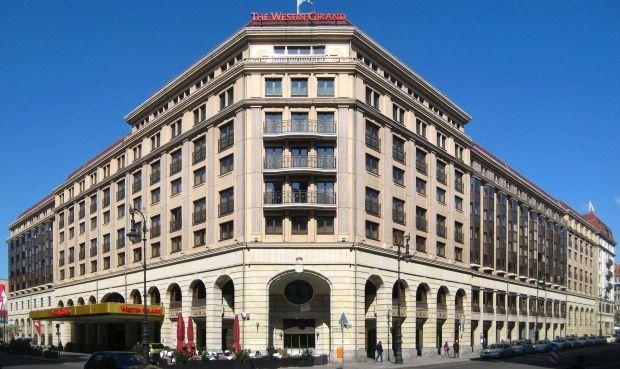 Hotel Westin Grand  Periplu prin Europa, pentru trup si pentru spirit! (P) Hotel Westin Grand