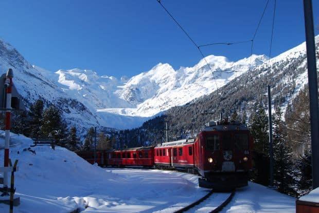 bernina Cele mai frumoase rute de cale ferata din lume Cele mai frumoase rute de cale ferata din lume bernina