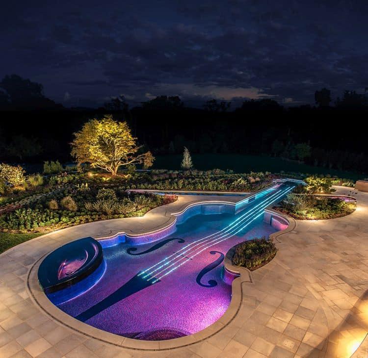 12 Cele mai frumoase piscine din lume Cele mai frumoase piscine din lume 121