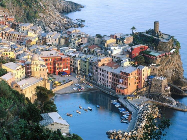 Cinque Terre - miraj pe coasta 20 de lucruri obligatoriu de facut in italia (2) 20 de lucruri obligatoriu de facut in Italia (2) 5terre