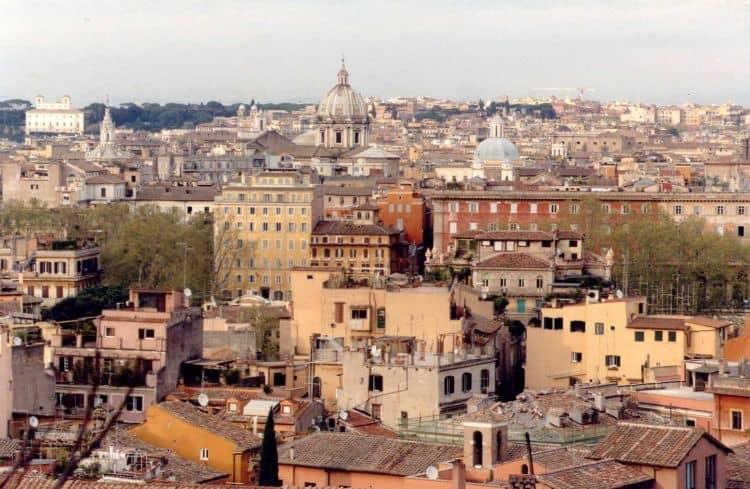 Trastevere, deliciosul cartier roman 20 de lucruri obligatoriu de facut in italia (2) 20 de lucruri obligatoriu de facut in Italia (2) trastevere