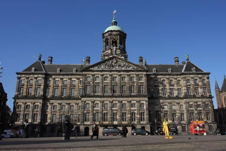 Paleis grande top 10 atractii turistice in amsterdam Top 10 atractii turistice in Amsterdam Paleis grande