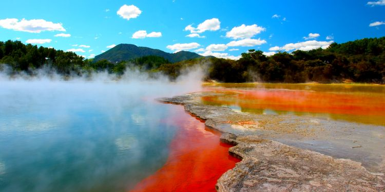 Izvoarele de apa termala de la Rotorua