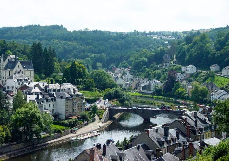 Bouillon Castle belgia Top 10 atractii turistice din Belgia Bouillon Castle