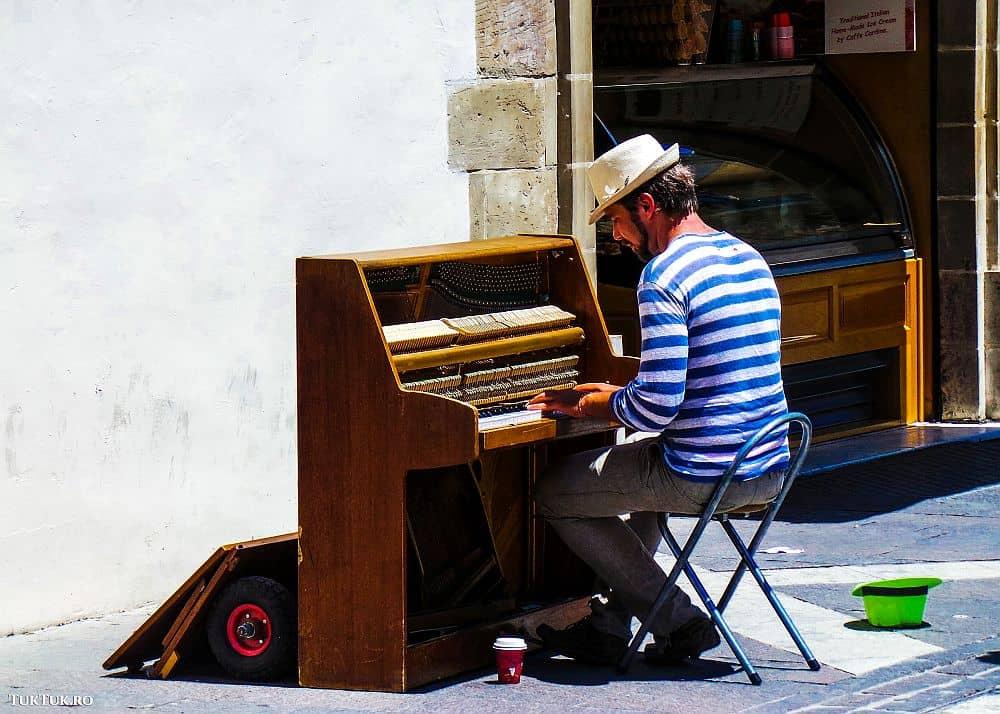 malta pianist Malta Lumea lui Eddie: Malta, insula cavalerilor (2) malta pianist