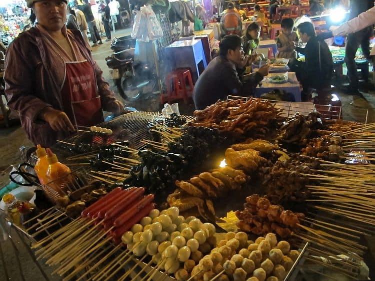 Nu subestima deliciile culinare are Asiei de sud-est. (Foto: shophousecook.com) indochina In cautarea comorilor din Indochina street food vietnam