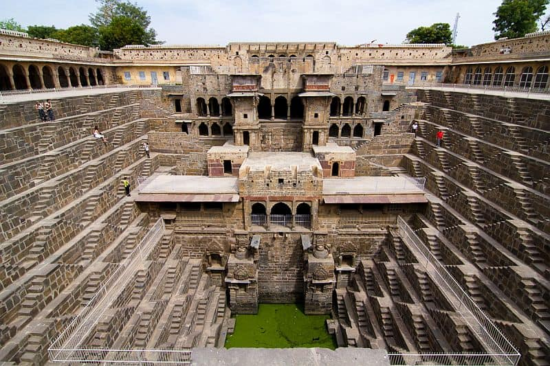 10 scari fantastice din intreaga lume Chand Baori1