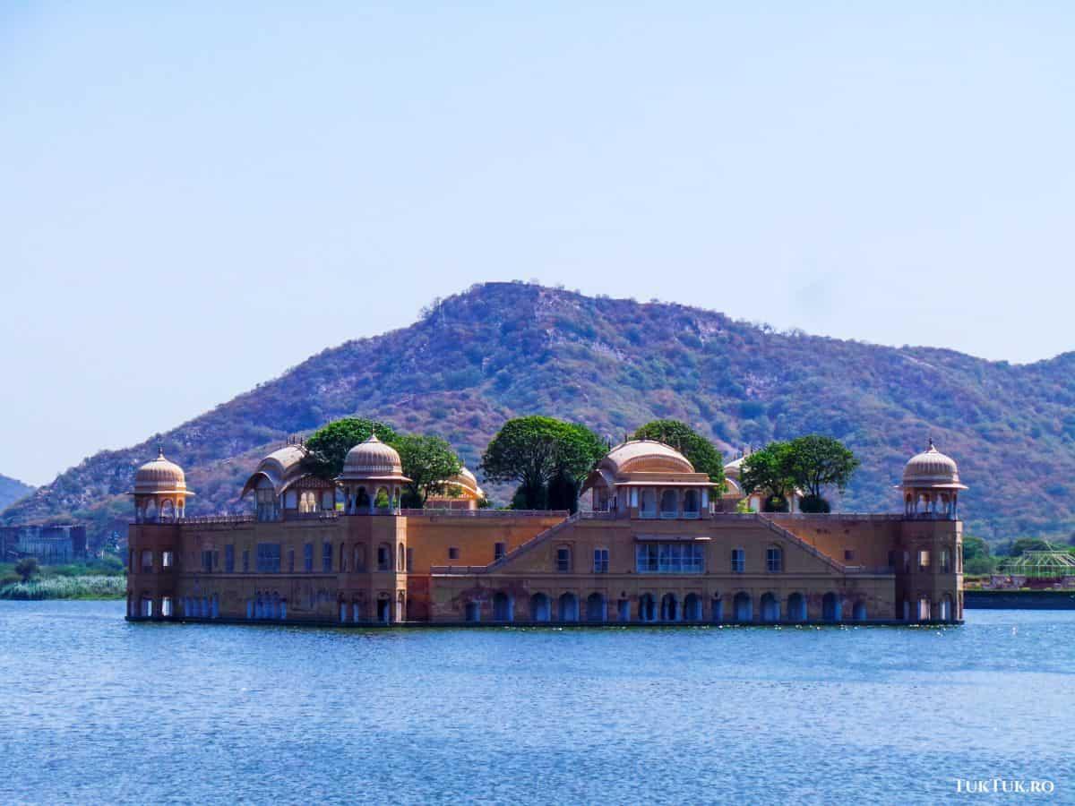 Lake Palace (Jal Mahal)  Lumea lui Eddie: Incredibila India (3) 10 jaipur lake palace