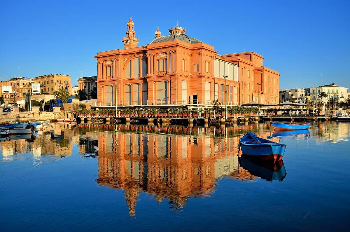 bari puglia Top 10 atracții turistice în Puglia, Italia bari