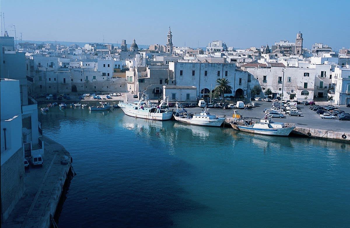 puglia Top 10 atracții turistice în Puglia, Italia monopoli