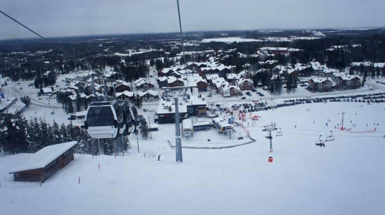 5 destinații de VĂZUT iarna, cu ochii tăi lapland